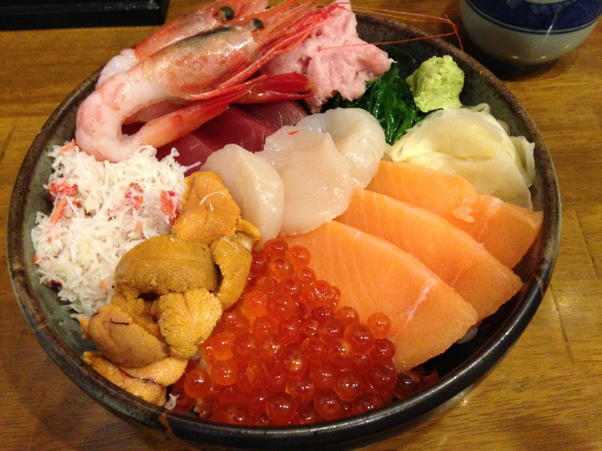 海鮮丼屋小樽ポセイ丼小樽本店のポセイ丼