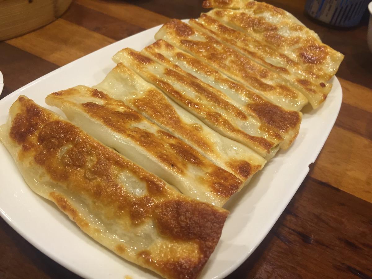 杭州小籠湯包の焼餃子