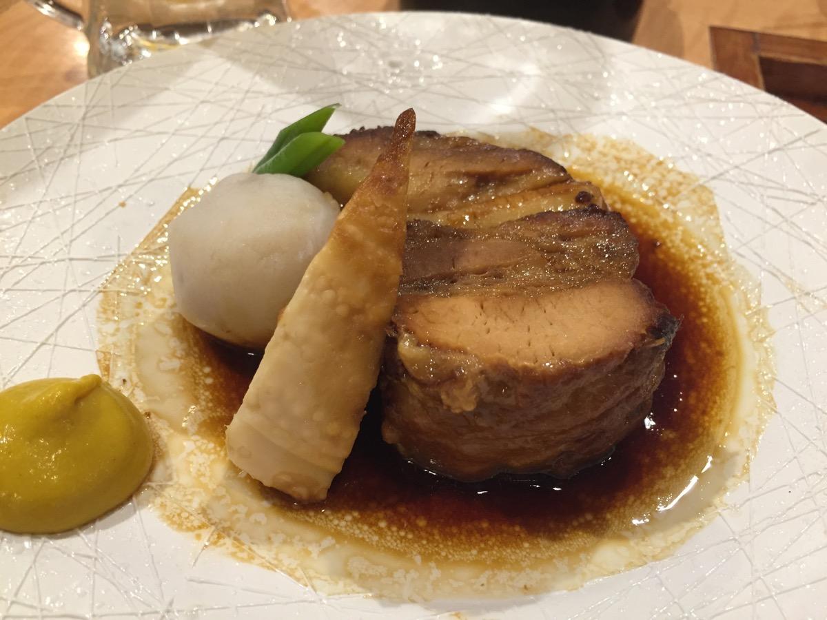 かごしま黒豚六白亭の黒豚の角煮