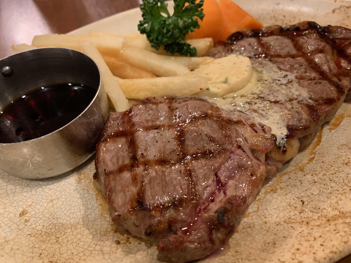 ロイヤルホスト立石店のアンガスステーキ(だし醤油バター)