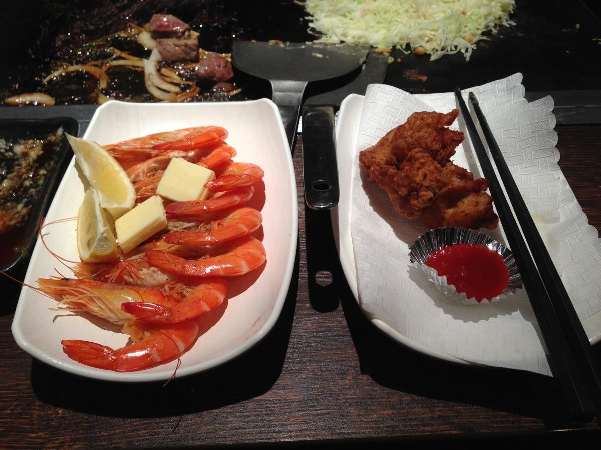 お好み焼き本舗大宮浅間町店の海老レモンバター焼と鳥から揚げ