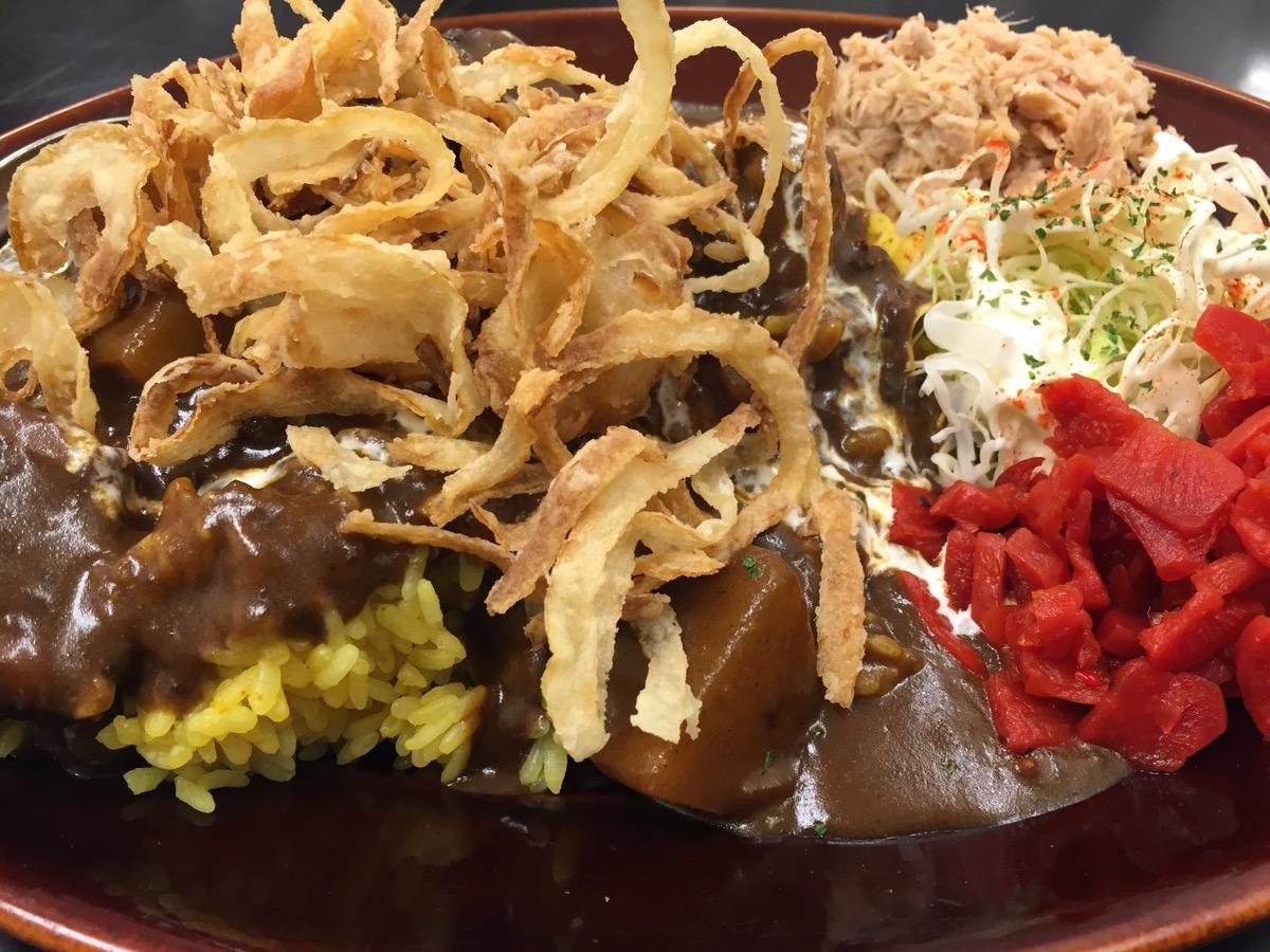 カレーは飲み物。秋葉原店の黒い肉カレー
