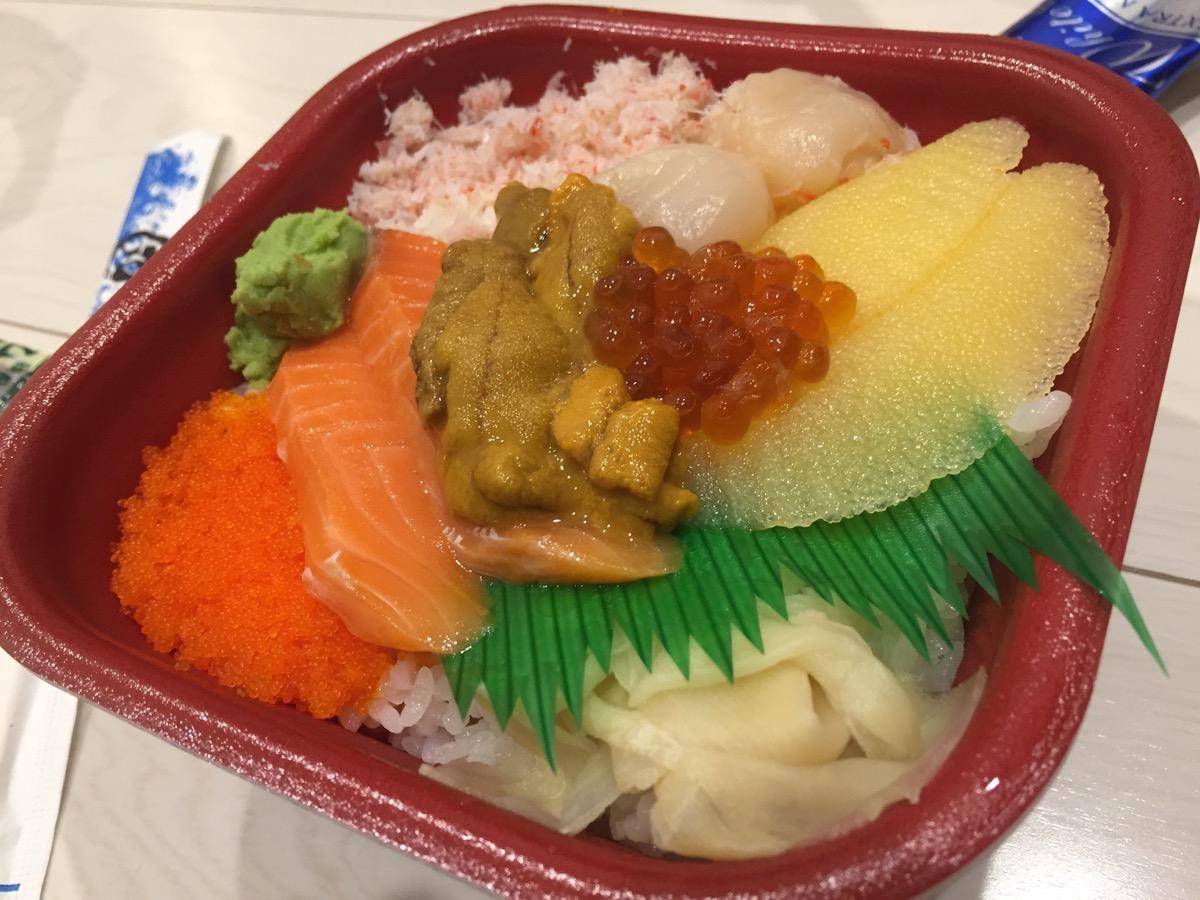 丼丸日本橋箱崎店の北海丼