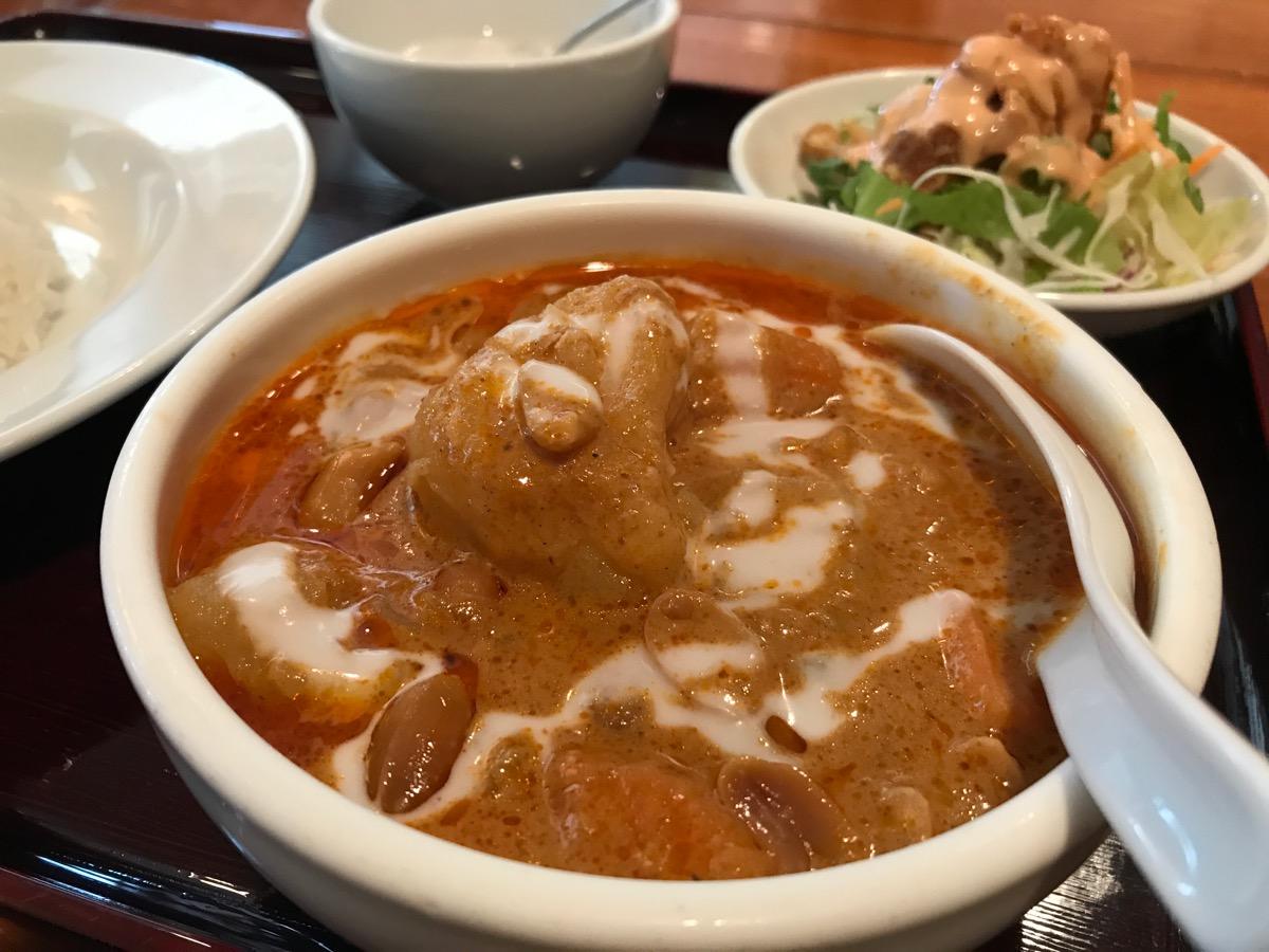 ジャスミンタイ六本木店のマッサマンカレー(鶏肉)