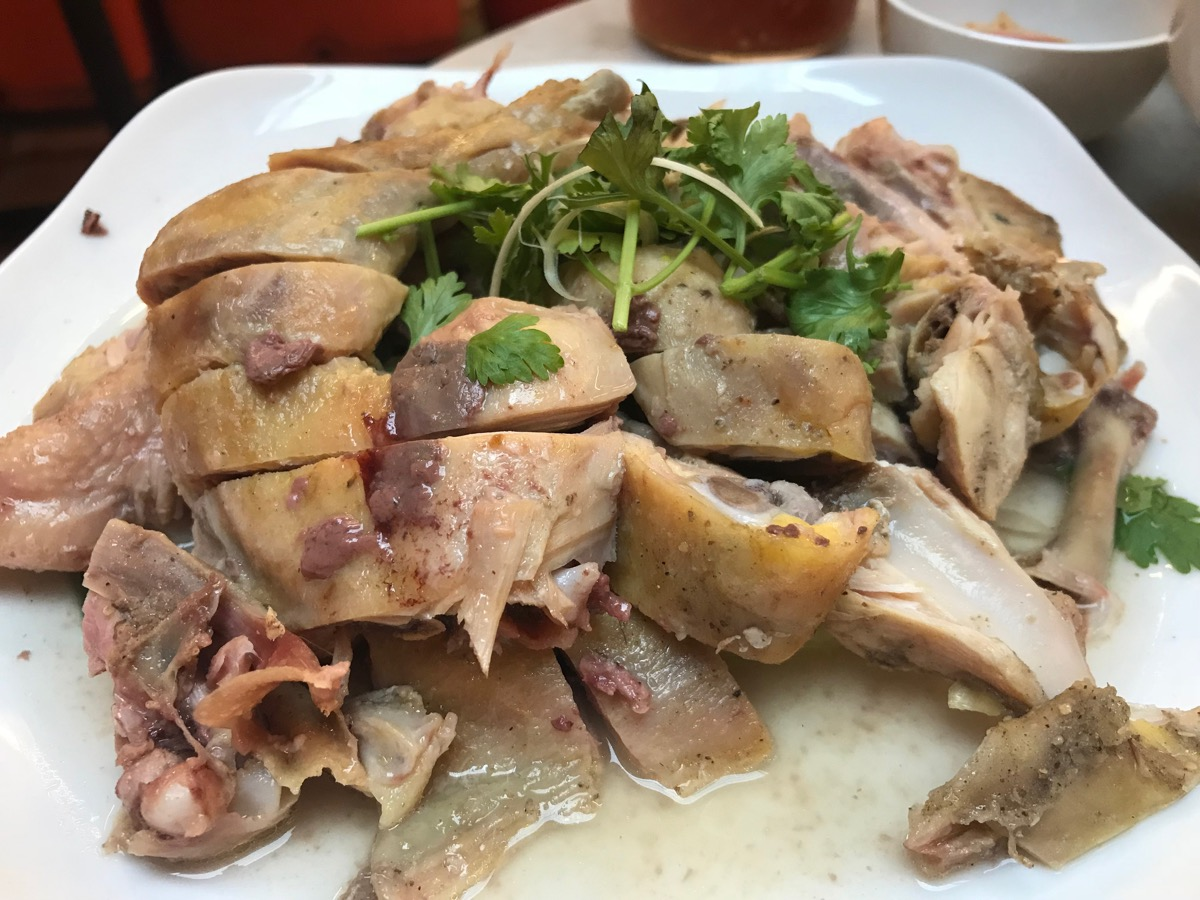 Restoran Famosa Chicken Rice BallのSalte Chicken(Whole)