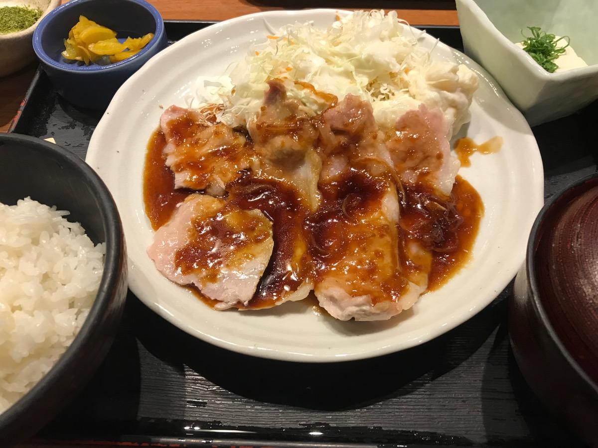 鍛冶屋文蔵東京オペラシティ店の生姜焼き定食
