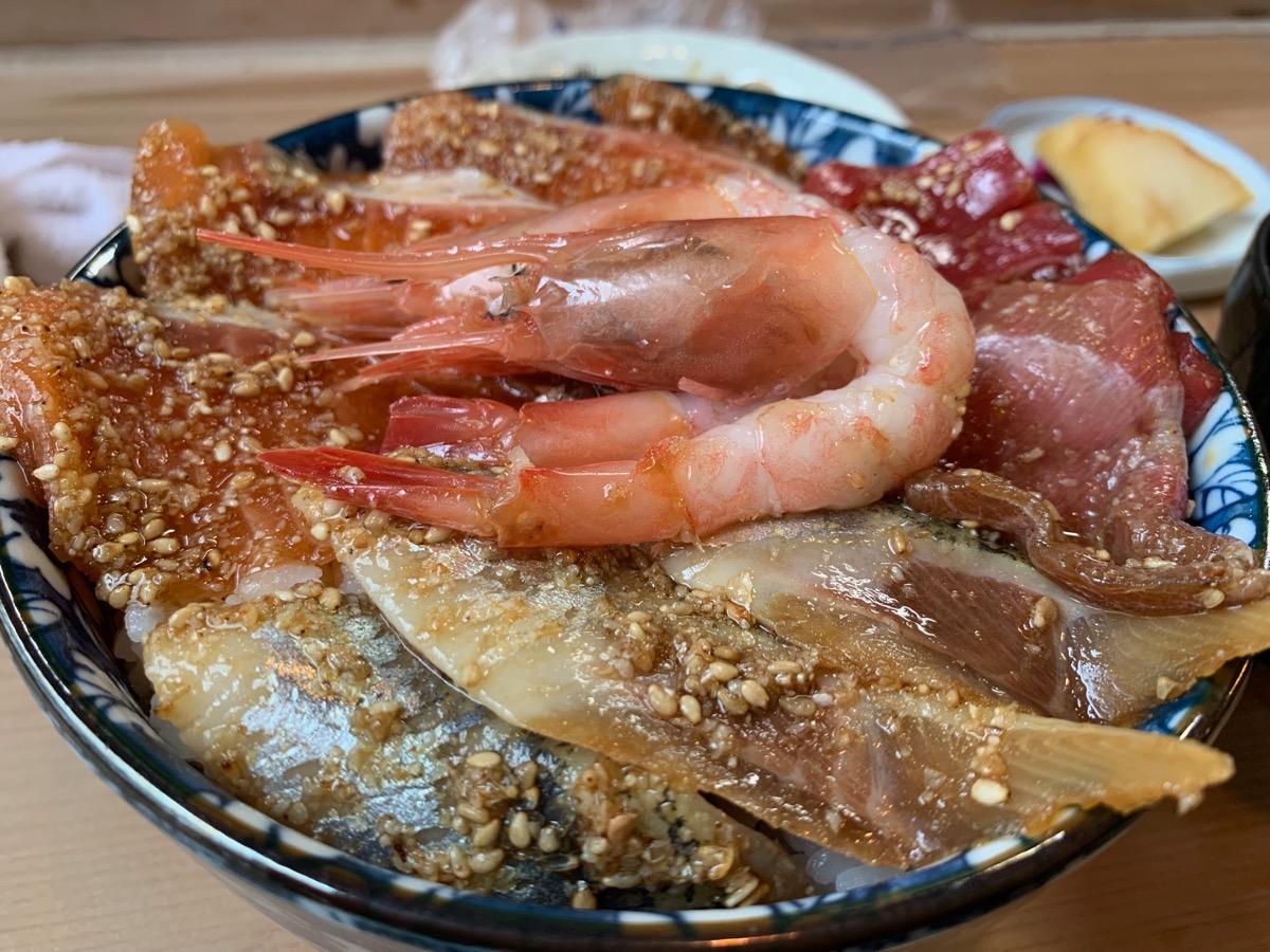 星乃の海鮮丼