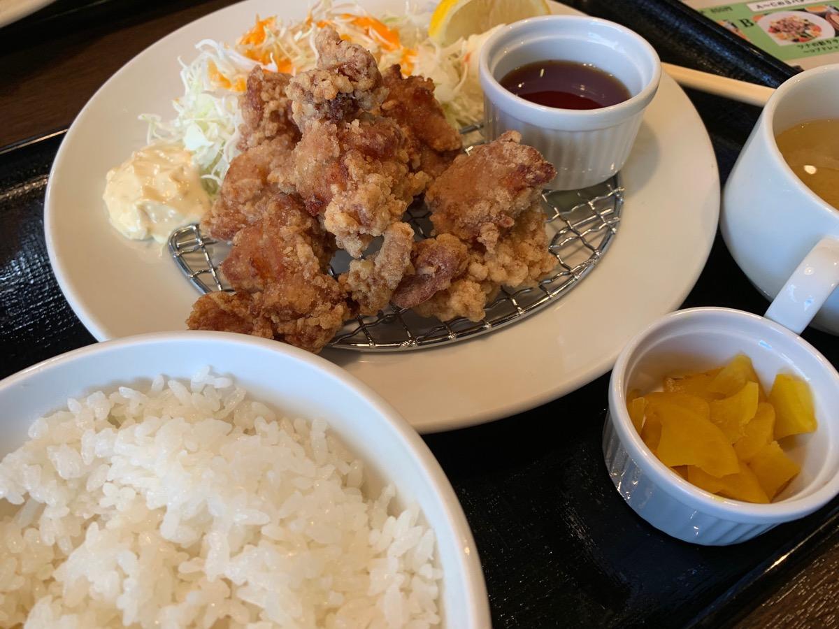 だん家東京オペラシティ店の鶏唐揚げ定食