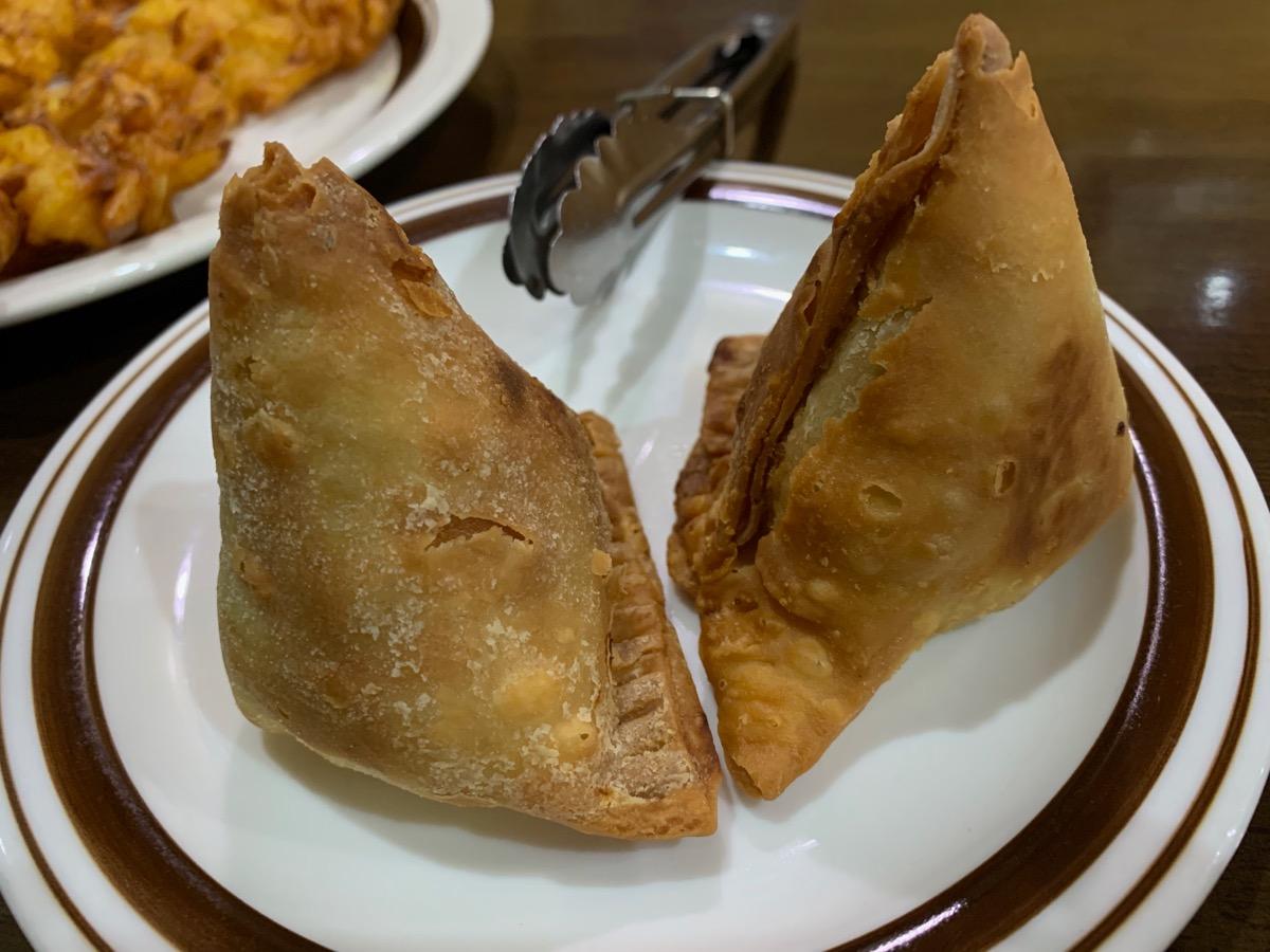 インドレストラン・ガンジーパレスのサモサ