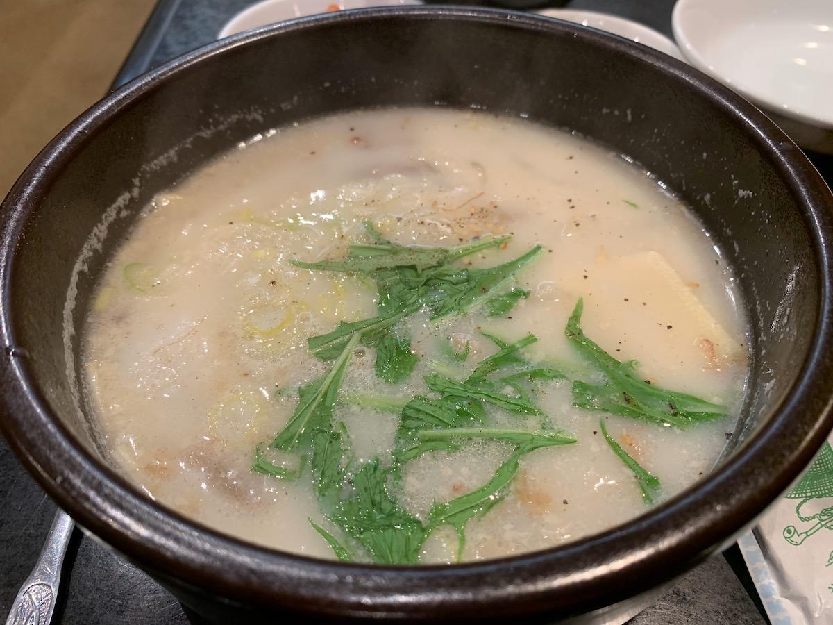 焼肉三千里立石店のコムタンスープ
