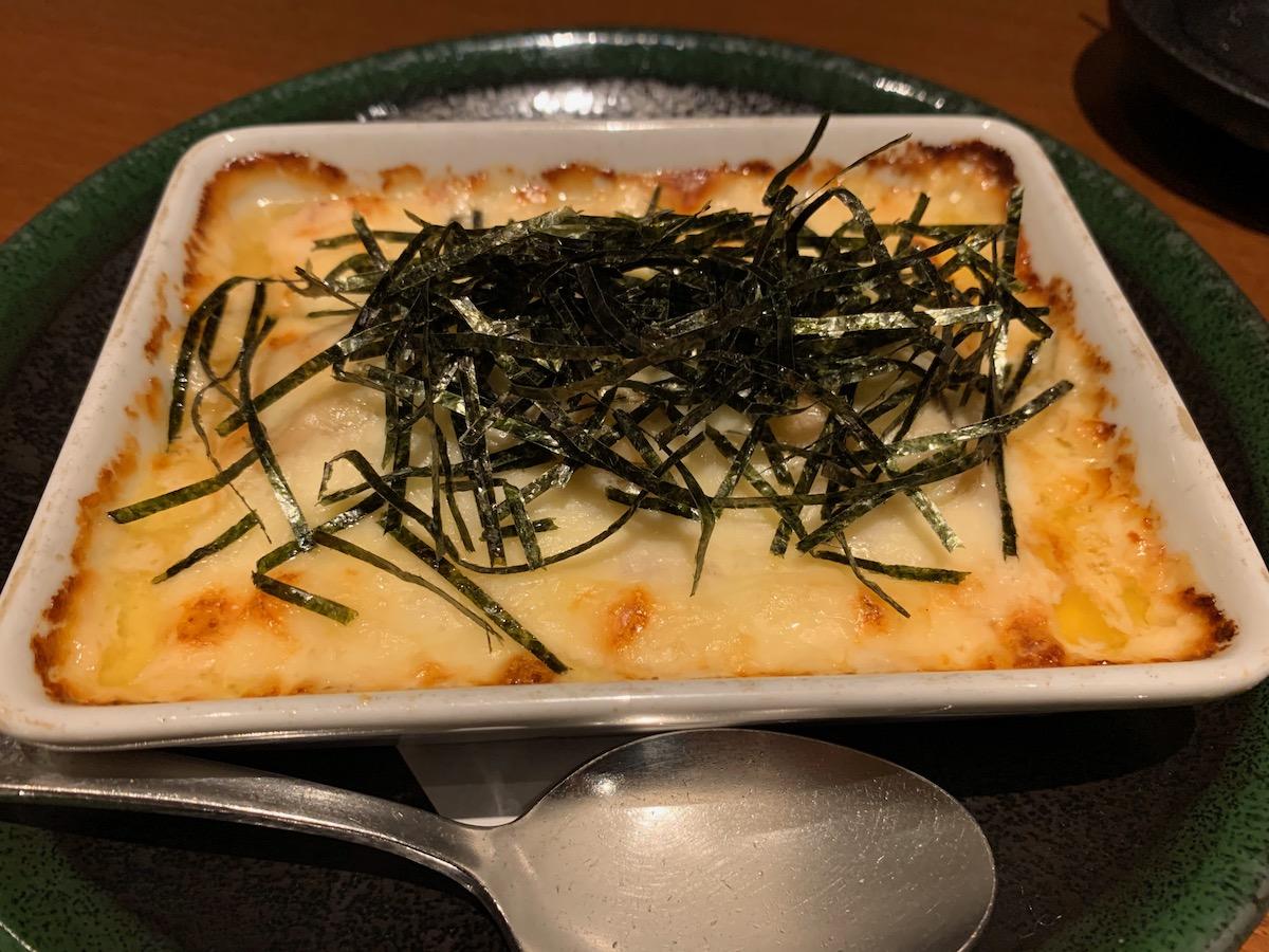 呑み食い屋わの豆腐ときのこのチーズグラタン